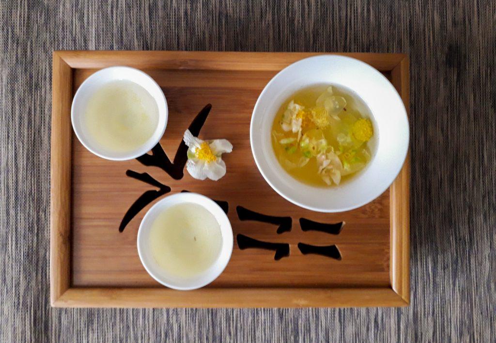 Tea a teacserje virágából: illatos, édes, nyugtató (fotó: Varga Marianna)